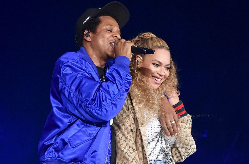 Beyonce & JAY-Z vs. 5 Seconds of Summer for No. 1 on Billboard 200 Albums Chart