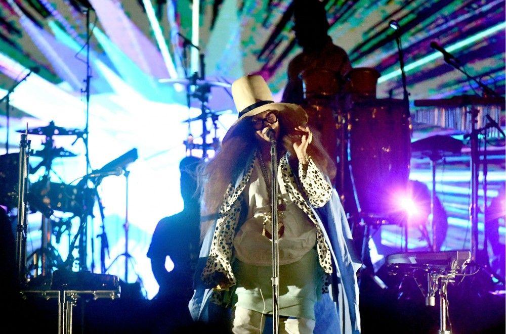 Erykah Badu, Miguel & More Bring Back the Spirit of Smokin' Grooves in Long Beach