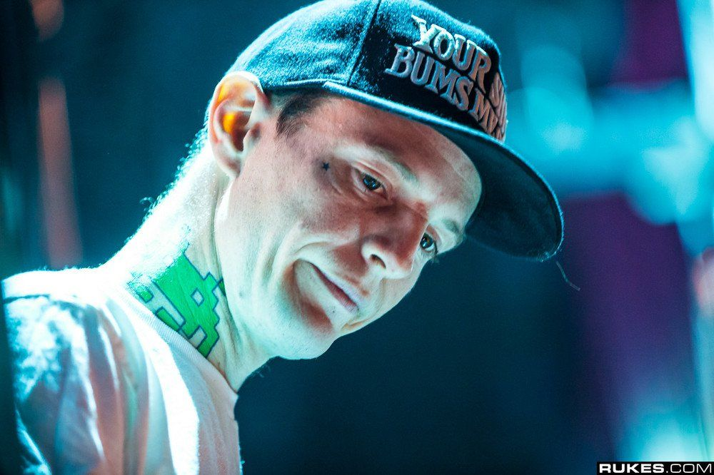 Deadmau5's New Kitten Just Passed Away & It's The Saddest Thing Ever