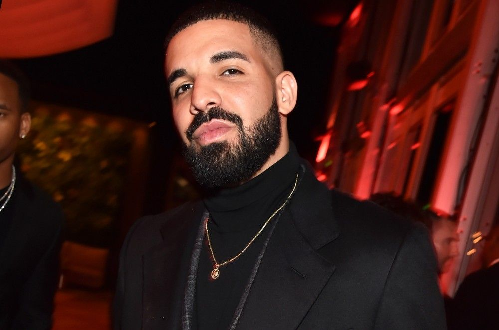 Drake Visits Fan in Children's Hospital After Her 'Feelings' Challenge Goes Viral
