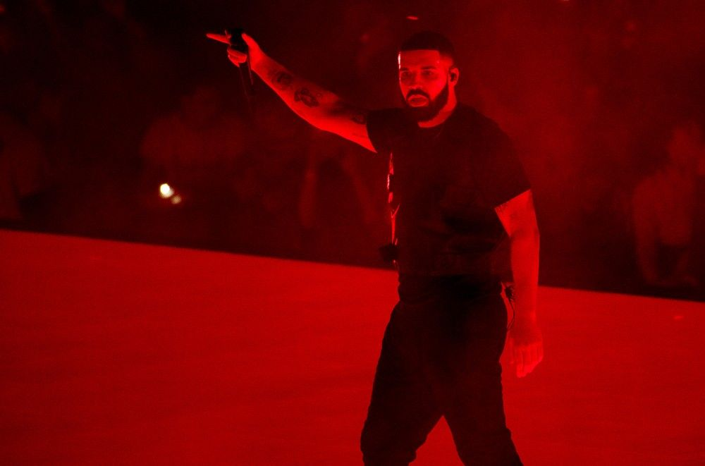 Drake Cancels Shows Due to Illness, Thanks Doctors for 'Round the Clock Care'