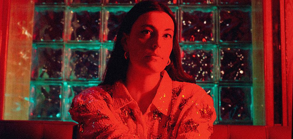 "Aubrey Haddard unveils her glowing new visuals for ""Portuguese Red"" [Video]"